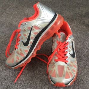 Shoes - Women's Nike Air Max 🏃🏻♀️